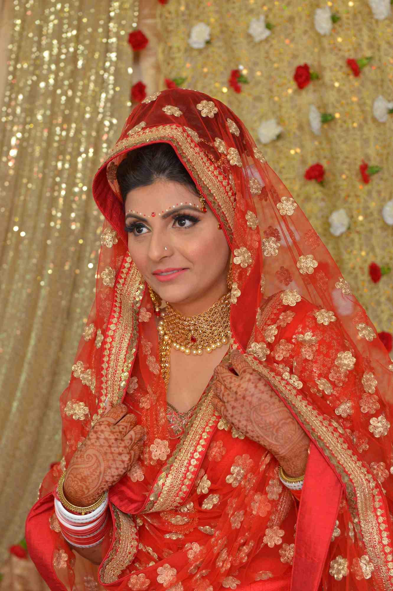 bride sarhi w