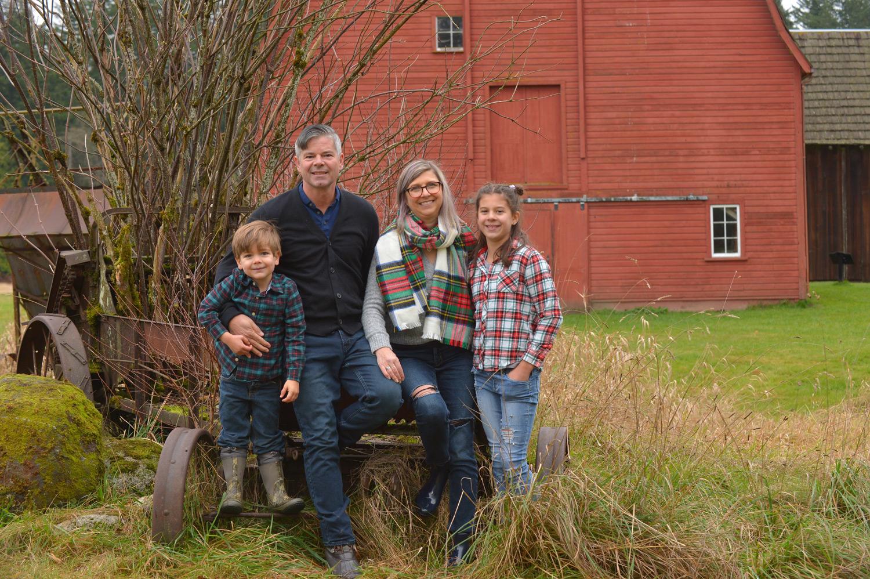 outdoor-fall-family-photos