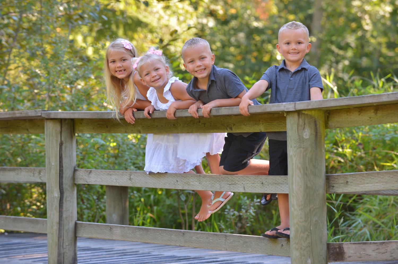 outdoor-family-photos-langley